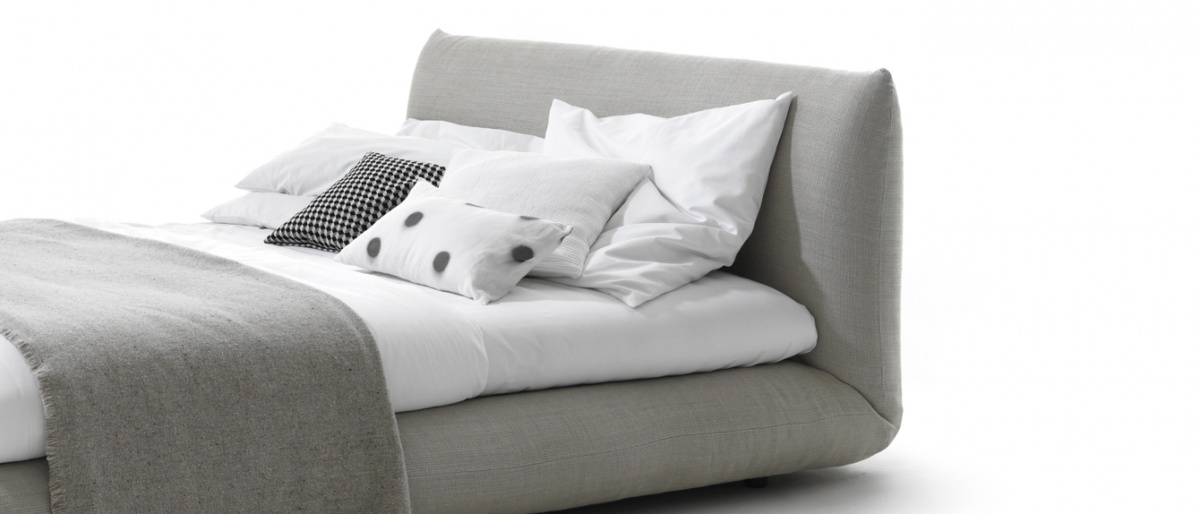 lebde i krevet. Black Bedroom Furniture Sets. Home Design Ideas