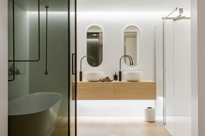 Moderno ure ena kupaonica u sklopu spava e sobe for Bathroom ideas malaysia