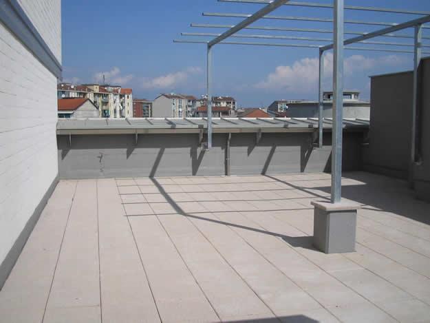 Pusti betonski krov pretvoren u zelenu oazu  MojStan.net