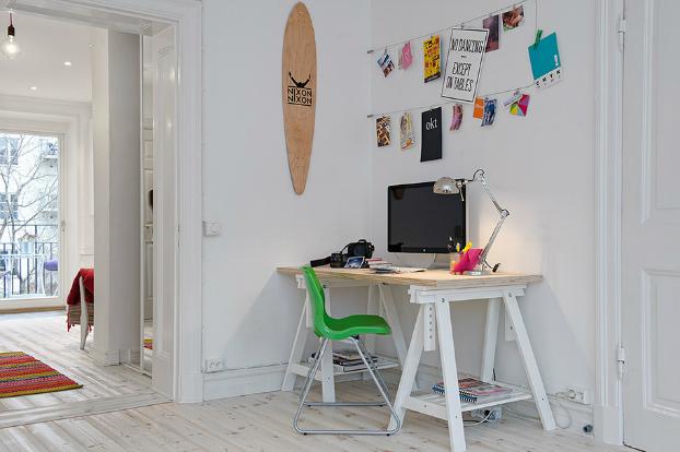 Dom ispunjen šarenim bojama  MojStan.net