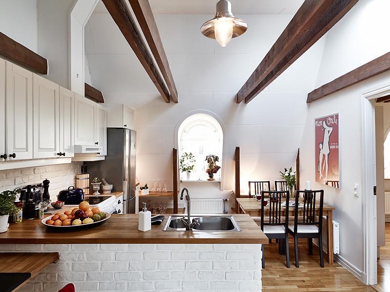 Dvosobni stan sa pogledom na crvene krovove  MojStan.net