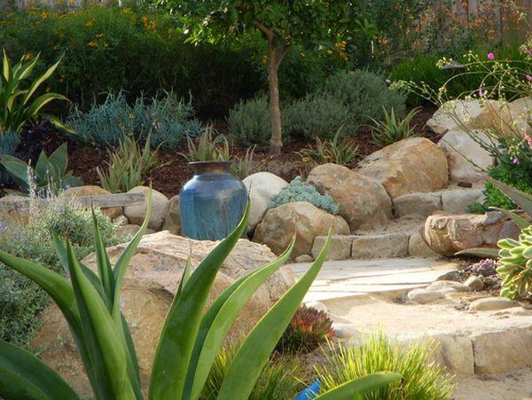 kamenje-za-prirodan-izgled-vrta-11