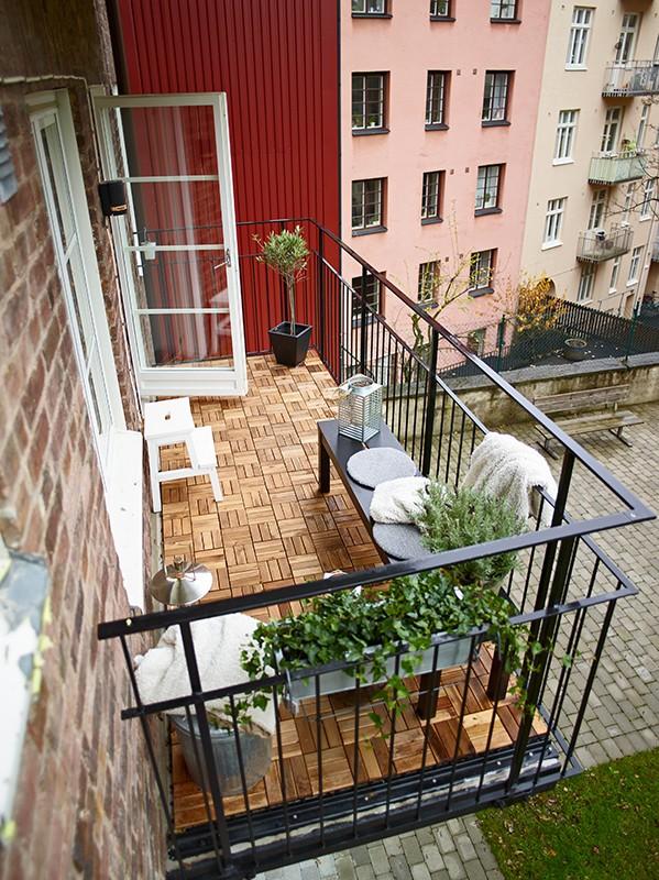 Trosobni stan sa balkonom  MojStan.net