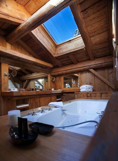 Drvo u kupaonici  MojStan.net
