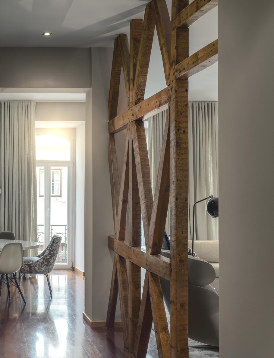 veli anstveni stan za odabrane. Black Bedroom Furniture Sets. Home Design Ideas
