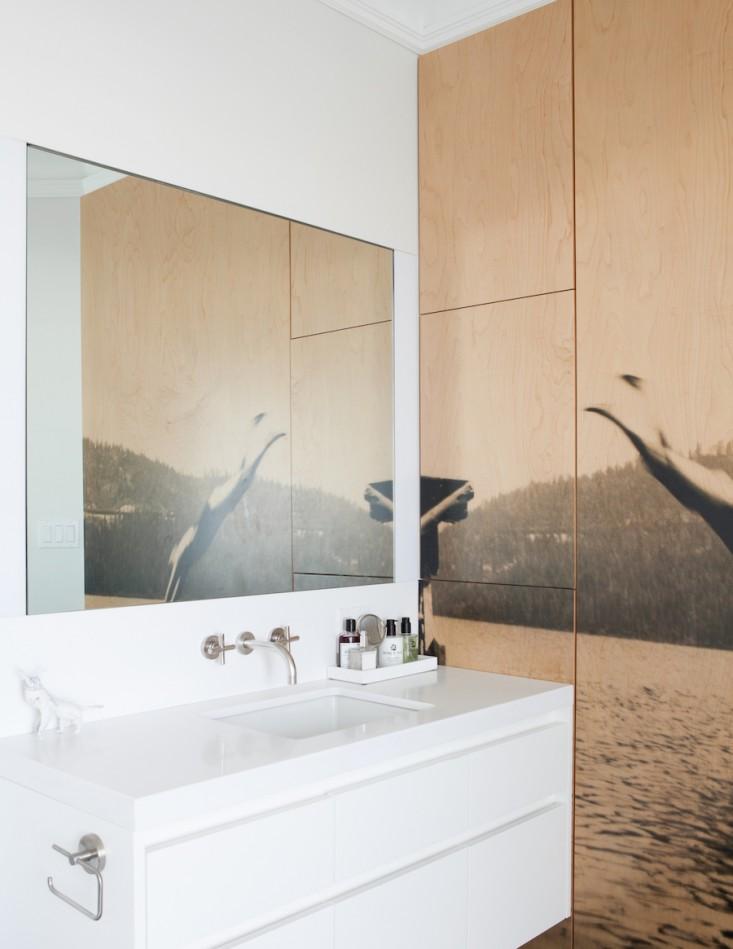 Kupaonica sa oslikanim ormarom  MojStan.net