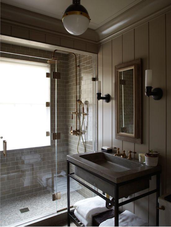 Kupaonica uređena u industrijskom stilu  MojStan.net