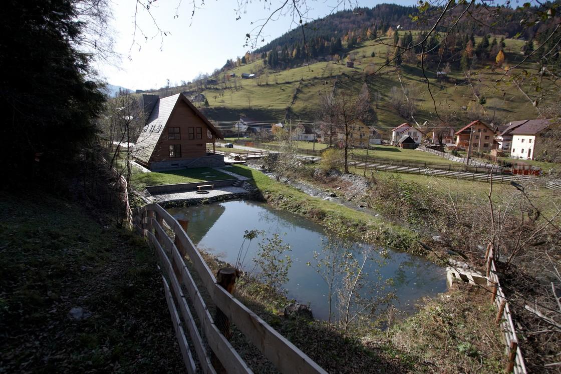 Planinska kuća Moieciu  MojStan.net