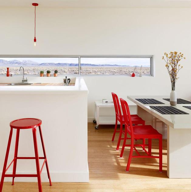 crvene-stolice-10