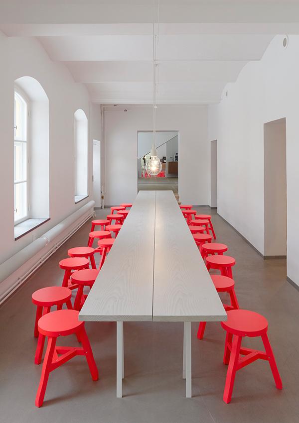crvene-stolice-7