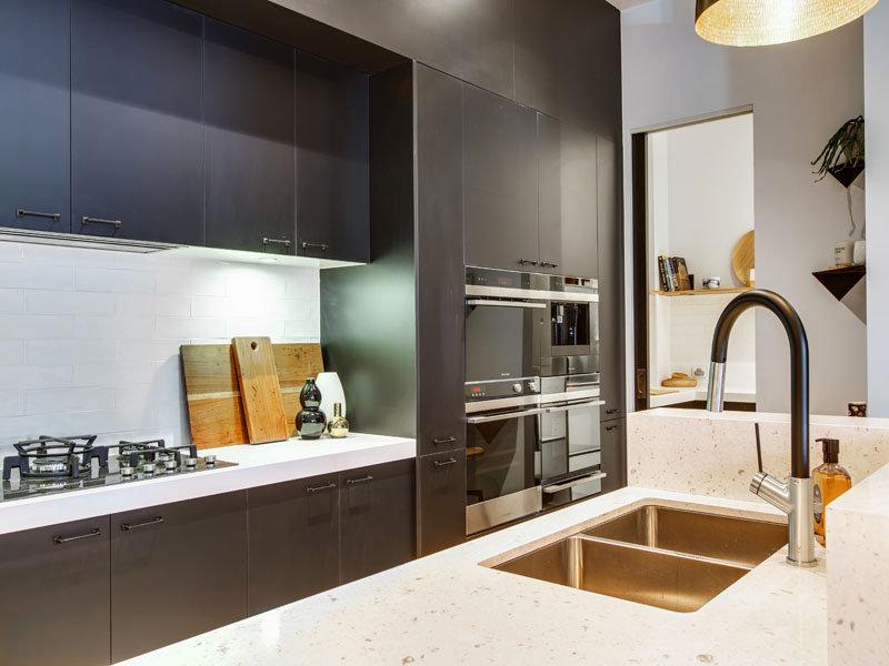 Stan na dvije etaže sa tri spavaće sobe  MojStan.net