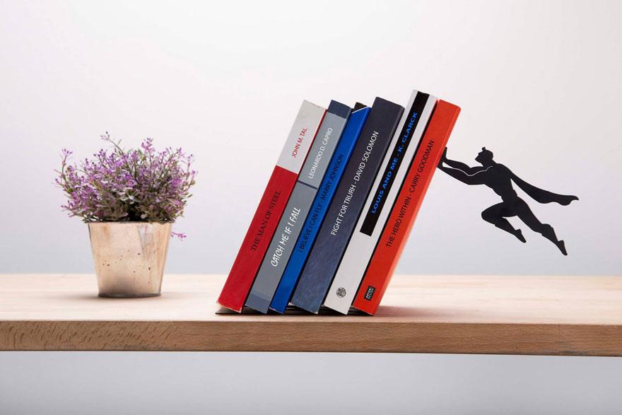 Superjunak koji čuva vaše najdraže knjige  MojStan.net