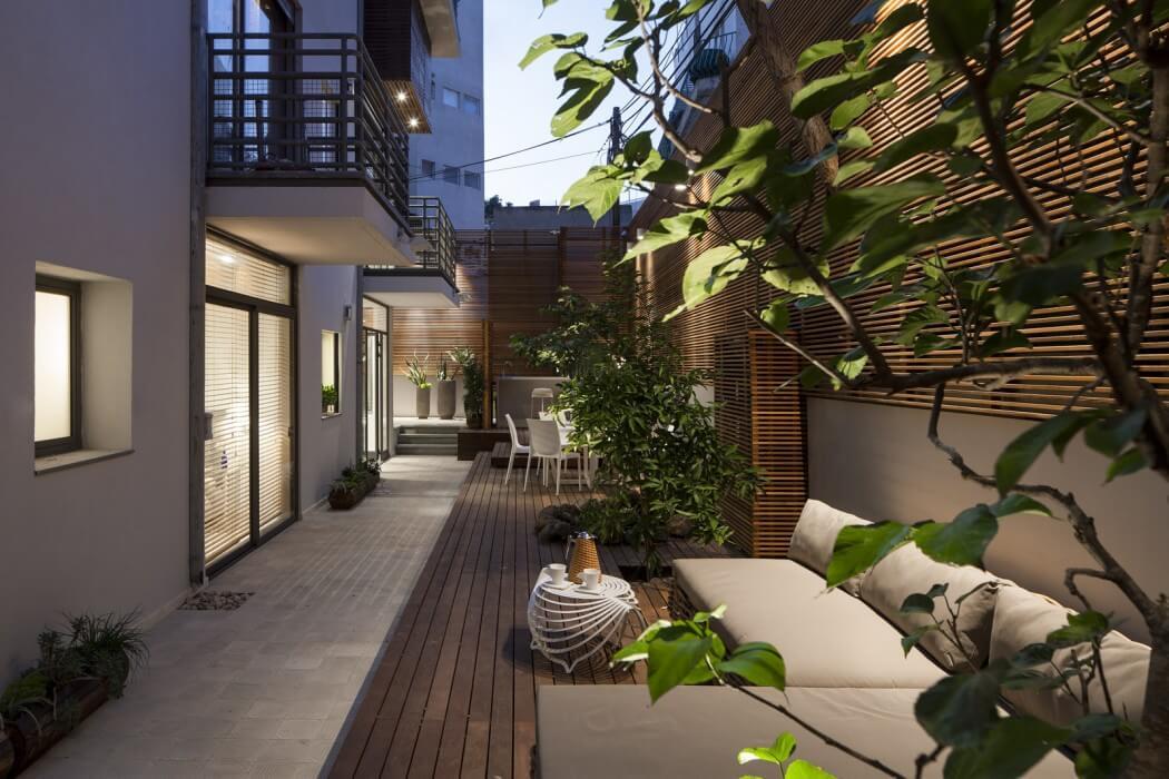 stan-u-prizemlju-velika-terasa-12