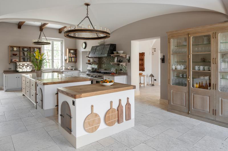 Impresivna kuhinja inspirirana Toskanom  MojStan.net