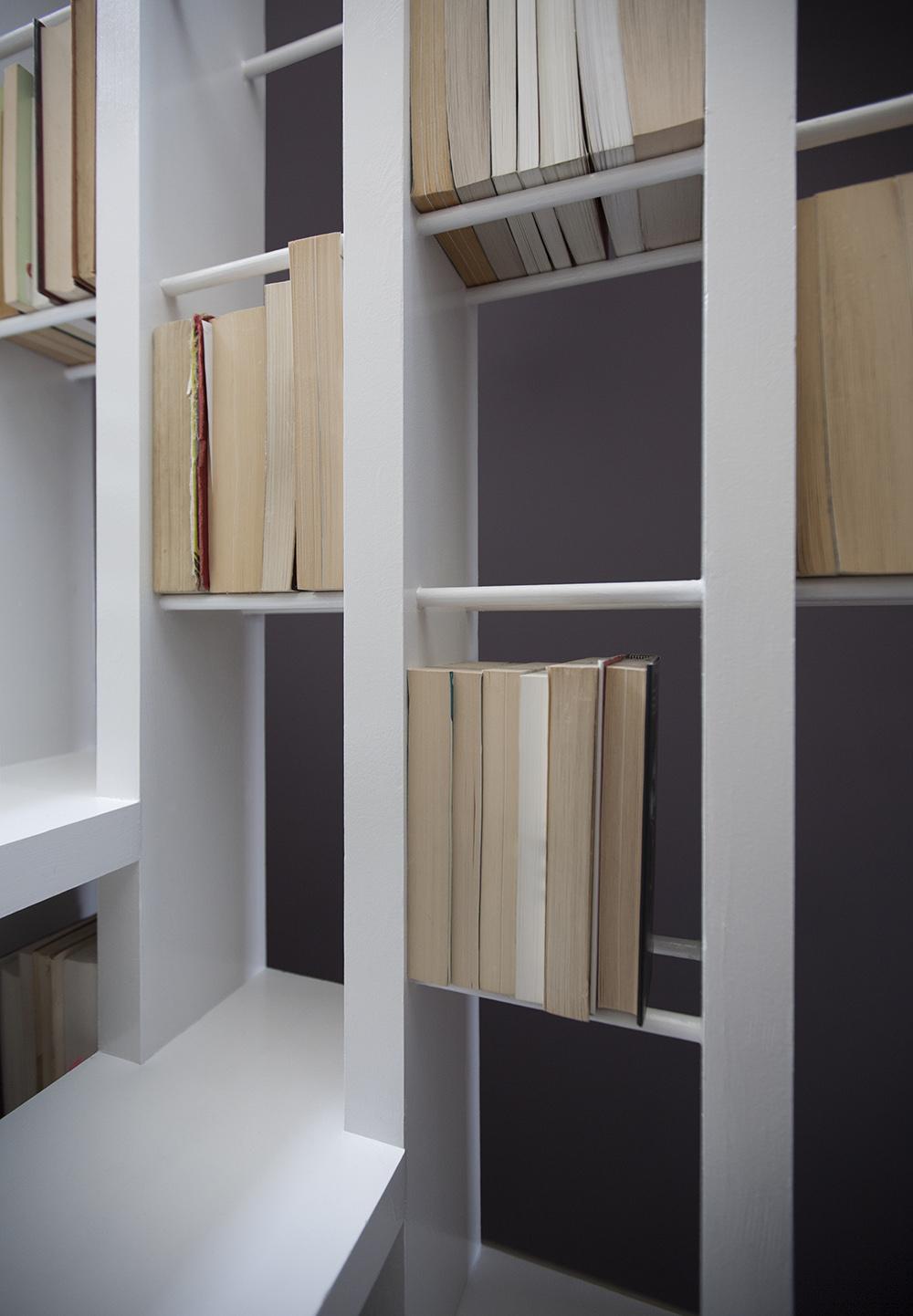 Stepenice i kućna knjižnica u jednom  MojStan.net