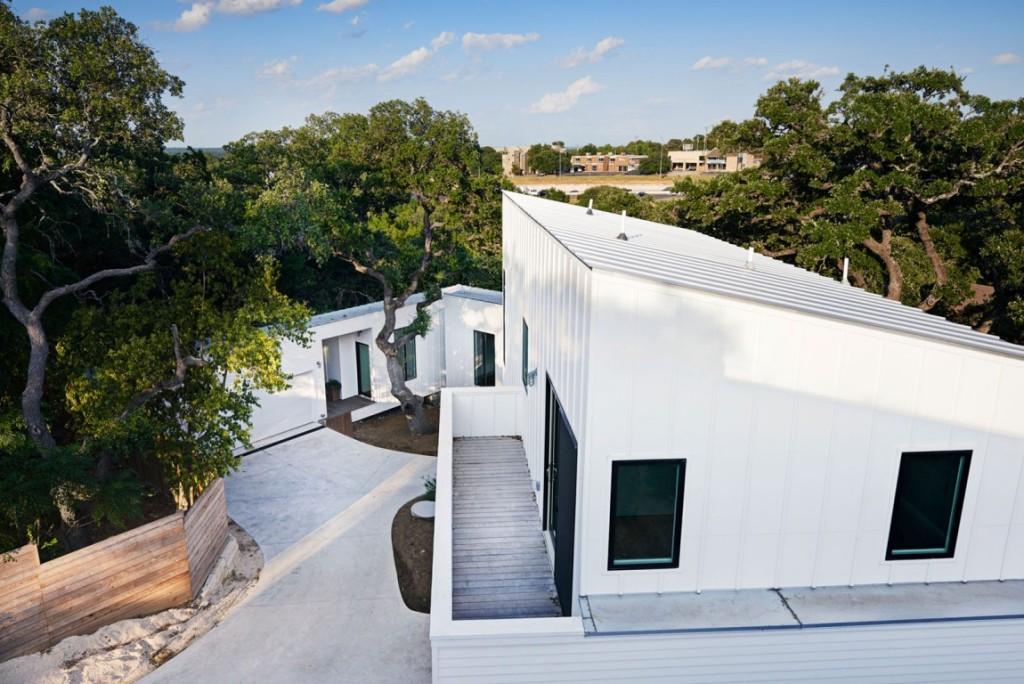 4 bijele kuće  MojStan.net