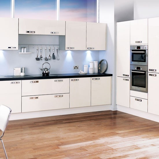 Nekoliko primjera kuhinja u obliku slova l for Beautiful l shaped kitchens