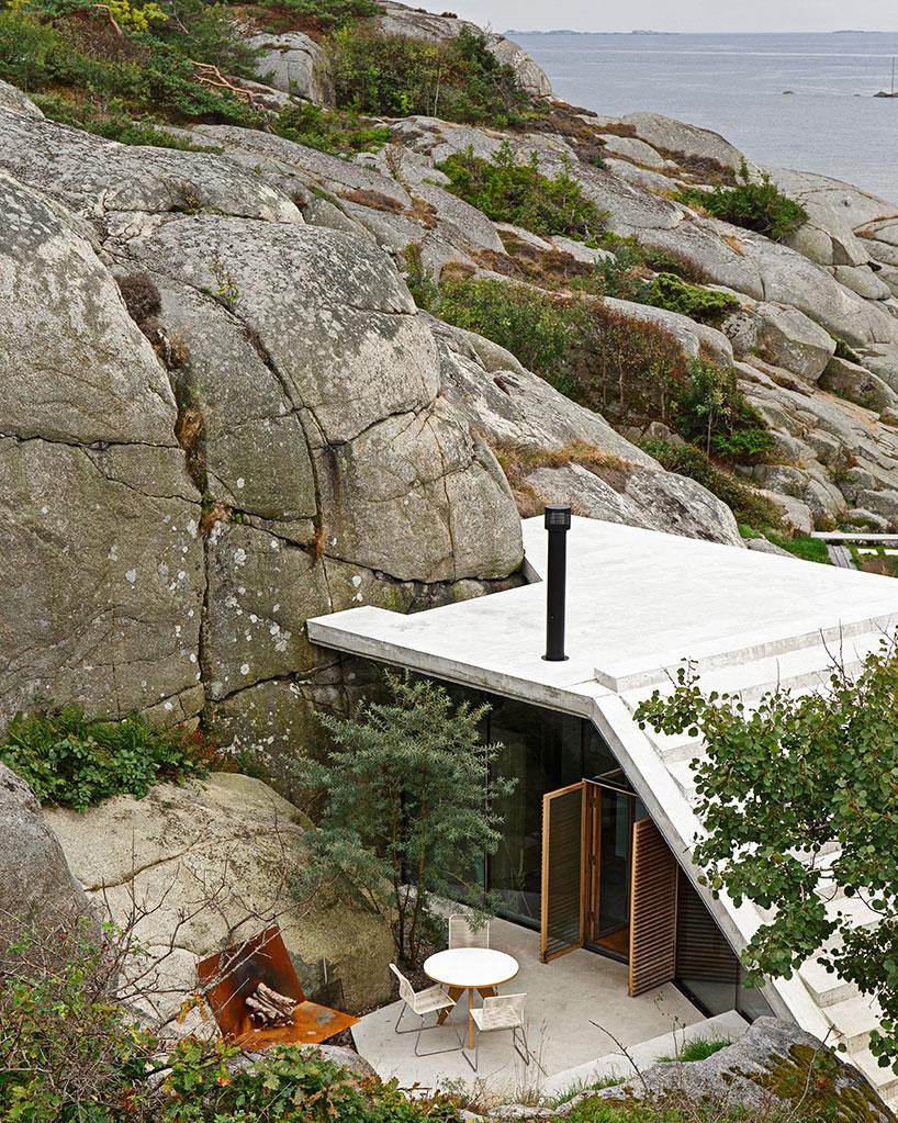Kućica među stijenama  MojStan.net