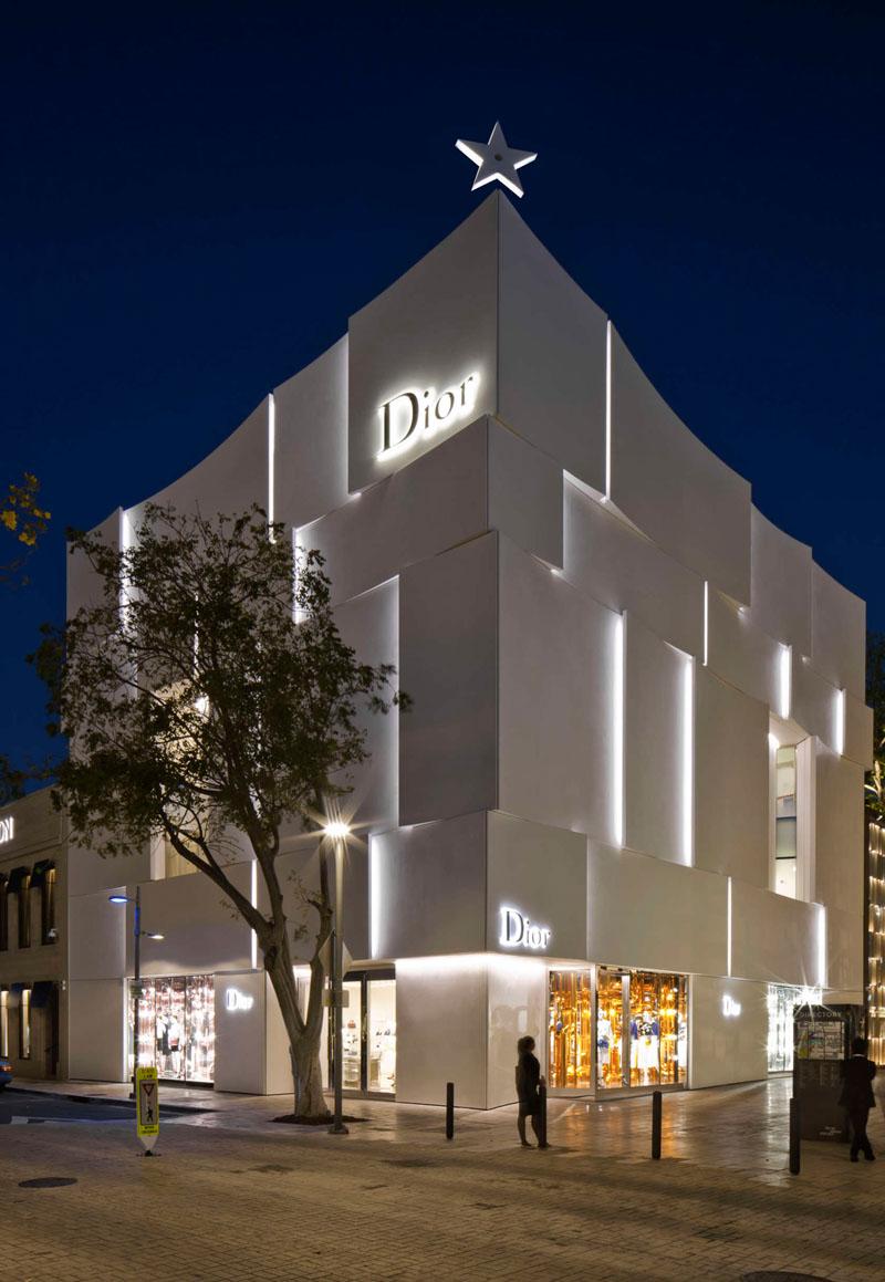 Divna fasada novootvorene Diorove trgovine  MojStan.net