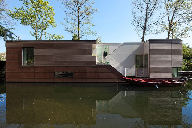 Moderna kuća na vodi  MojStan.net