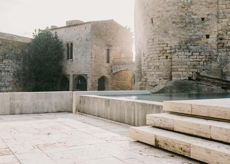 Uređenje dvorišta dvorca  MojStan.net