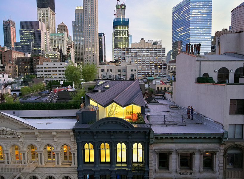Penthouse na vrhu zgrade skriven od pogleda sa ulice  MojStan.net