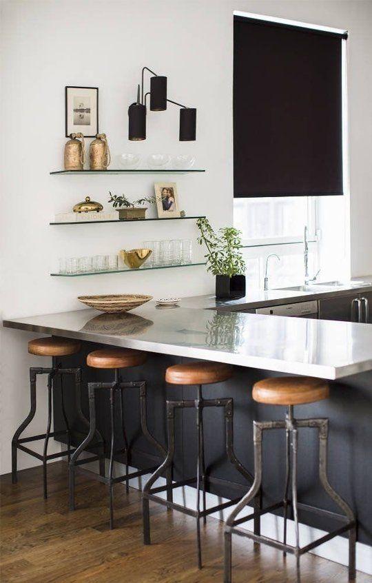 25 primjera uređenja kuhinjskog poluotoka sa šankom