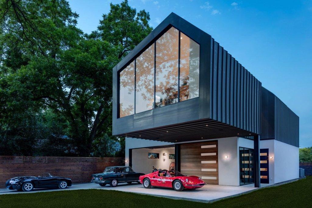 Kuća po mjeri kolekcionara starih automobila