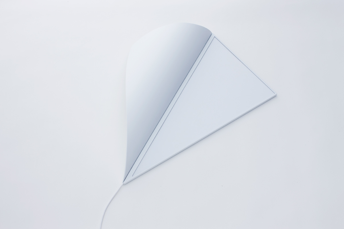 sakrivena-kutna-zidna-lampa-3