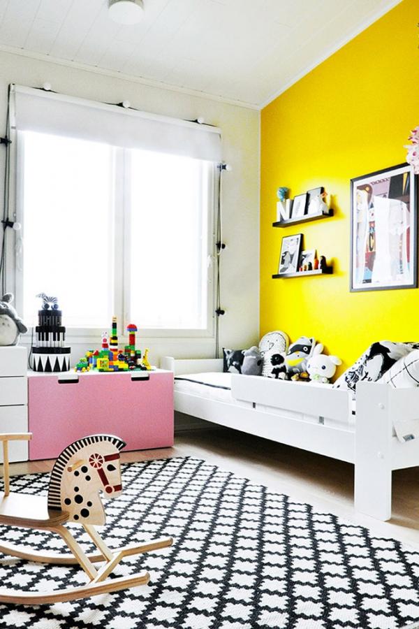 djecja-spavaca-soba-sa-zutim-zidovima-3