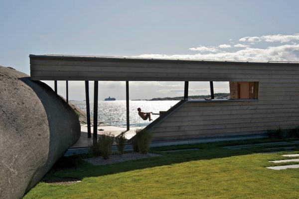 minimalisticki-uredena-kuca-na-stjenovitoj-obali-9