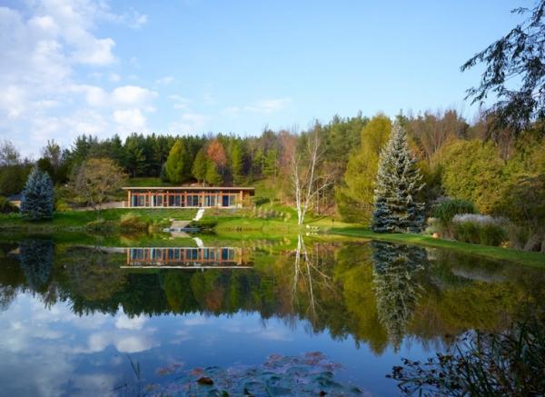 prekrasna-prizemnica-uz-jezero-2