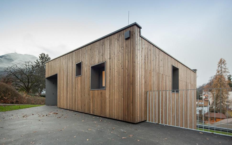 kuca-t-drvena-fasada