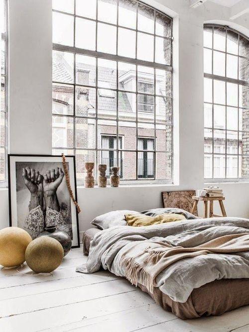 spavaca-soba-uredena-u-industrijskom-stilu-7