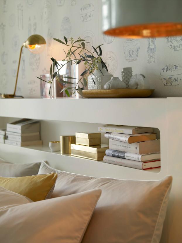 bijelo-zlatna-spavaca-soba-4