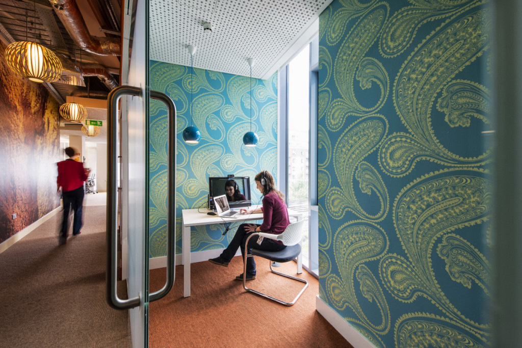 google-dublin-video-conference-room-1024x683