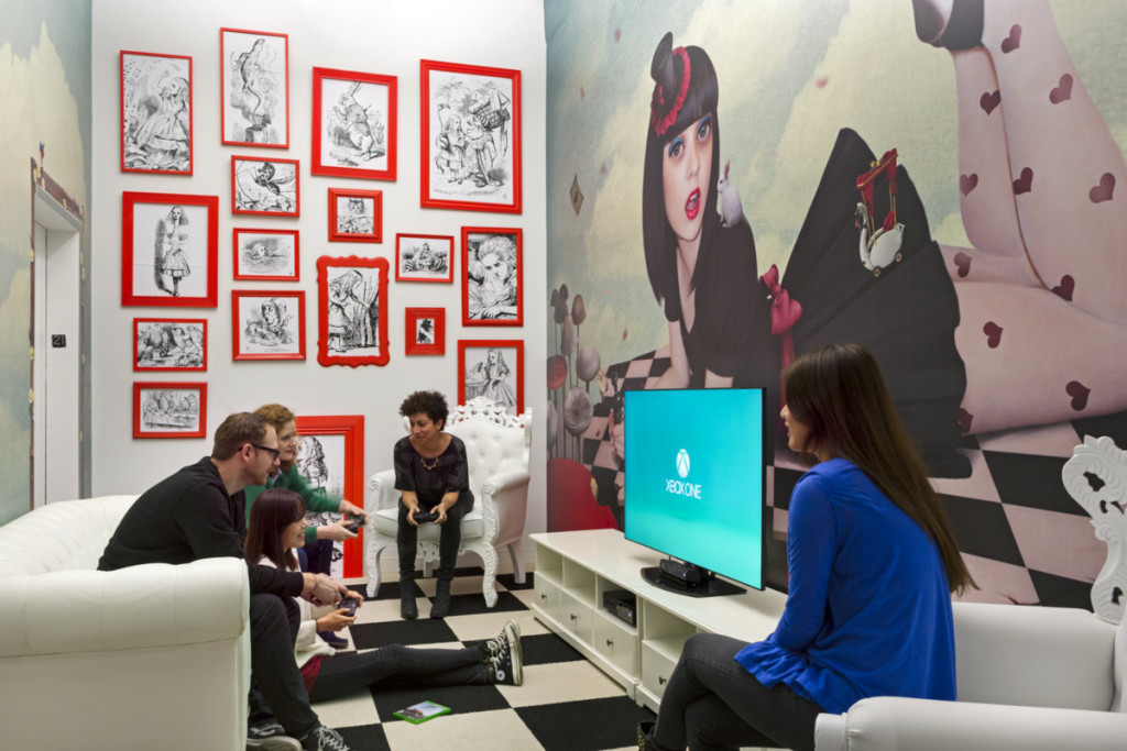 video-game-room-red-framed-pictures-1024x683