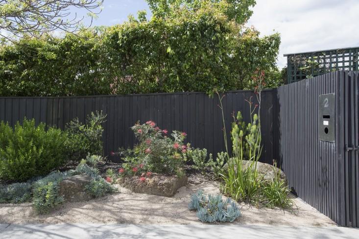 mali vrt u predgrađu melbournea 2