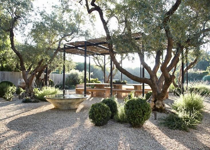 30-ideja-za-uredenje-ljetne-terase-23