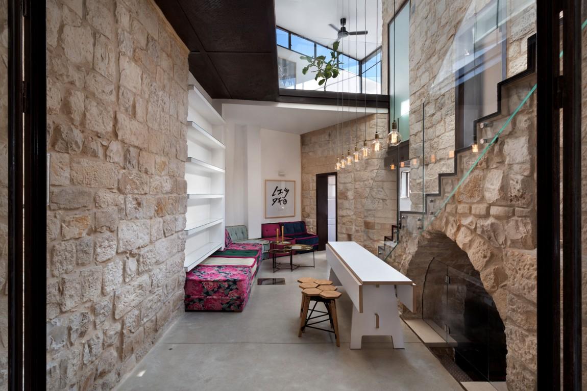 kamena-kuca-by-henkin-shavit-architecture-2
