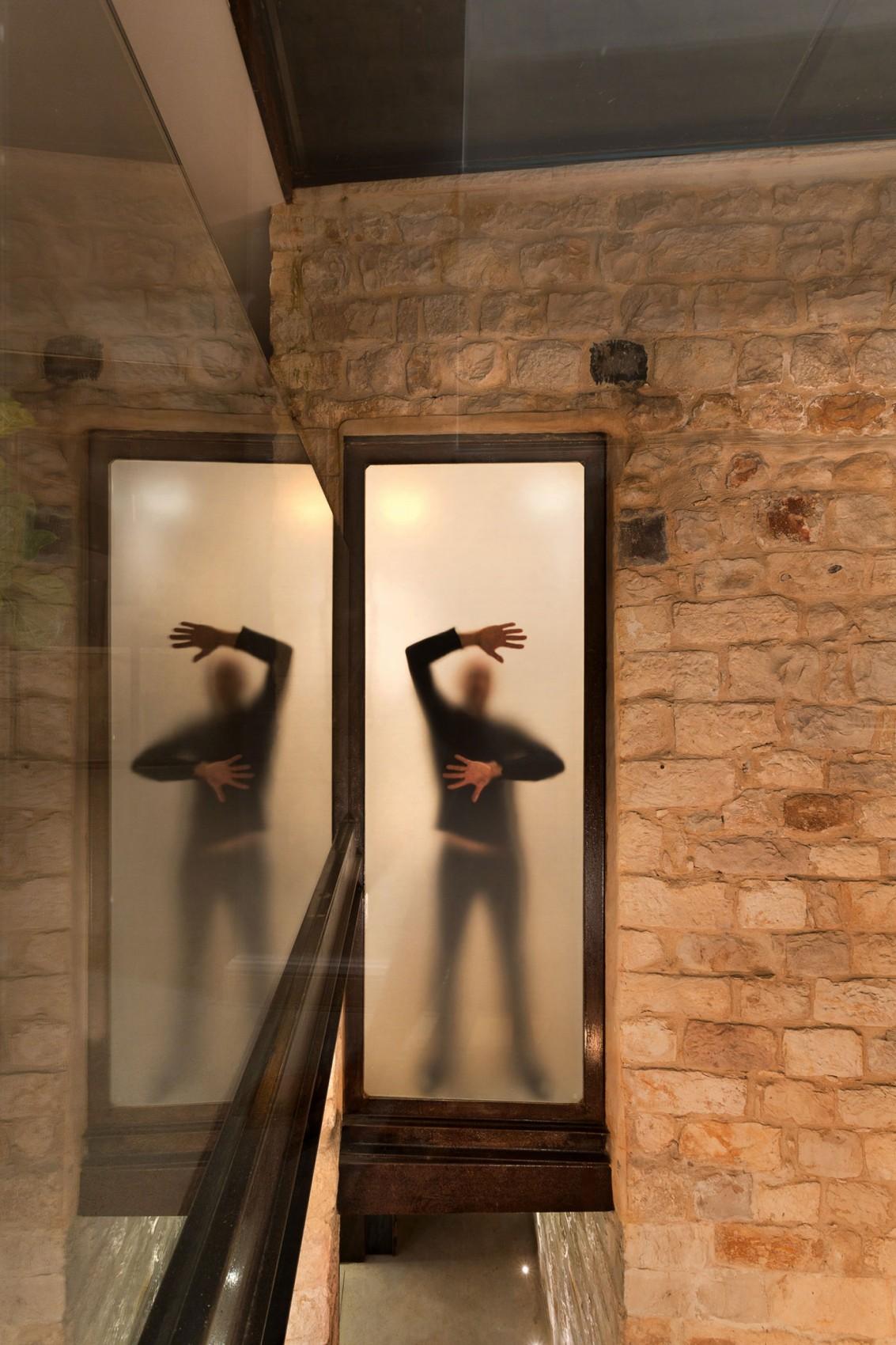 kamena-kuca-by-henkin-shavit-architecture-20