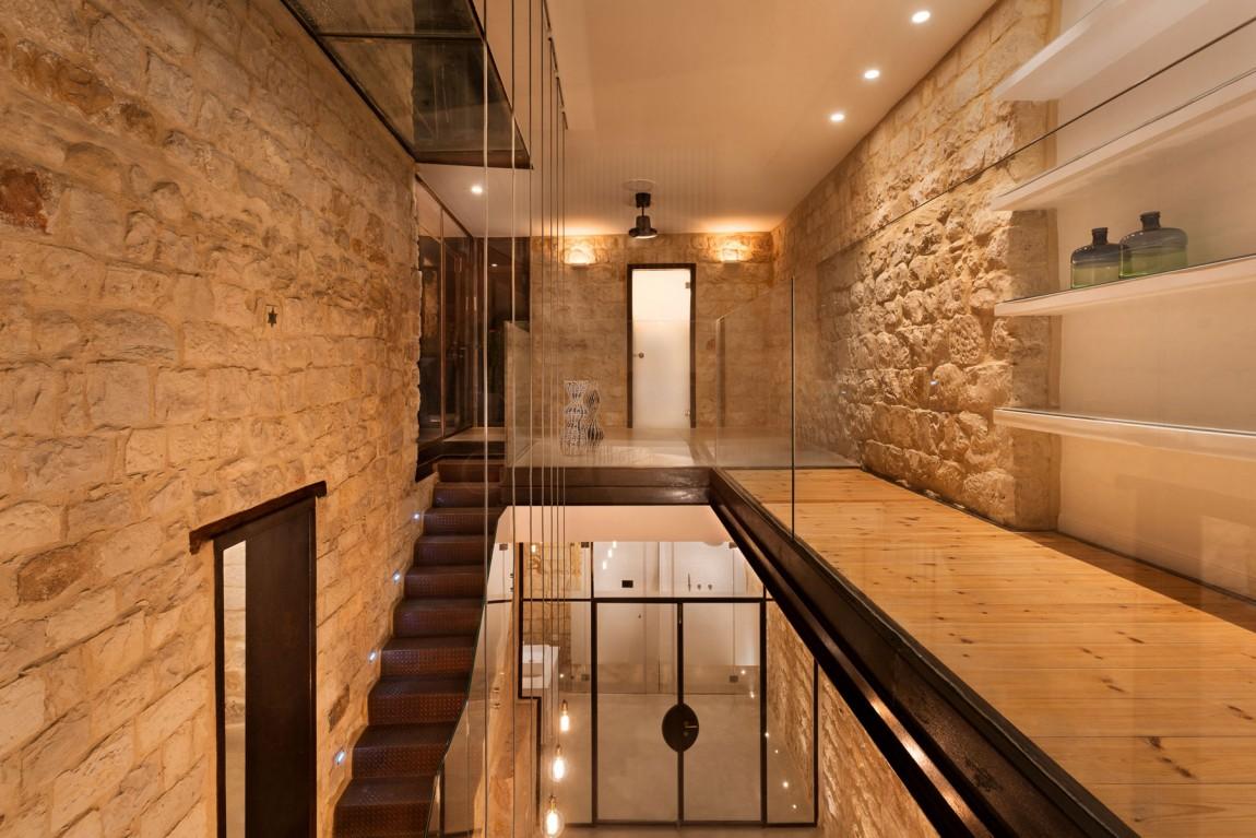 kamena-kuca-by-henkin-shavit-architecture-21