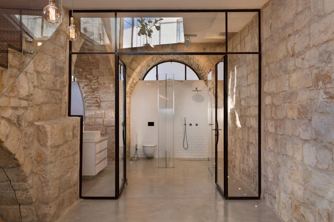 kamena-kuca-by-henkin-shavit-architecture-5