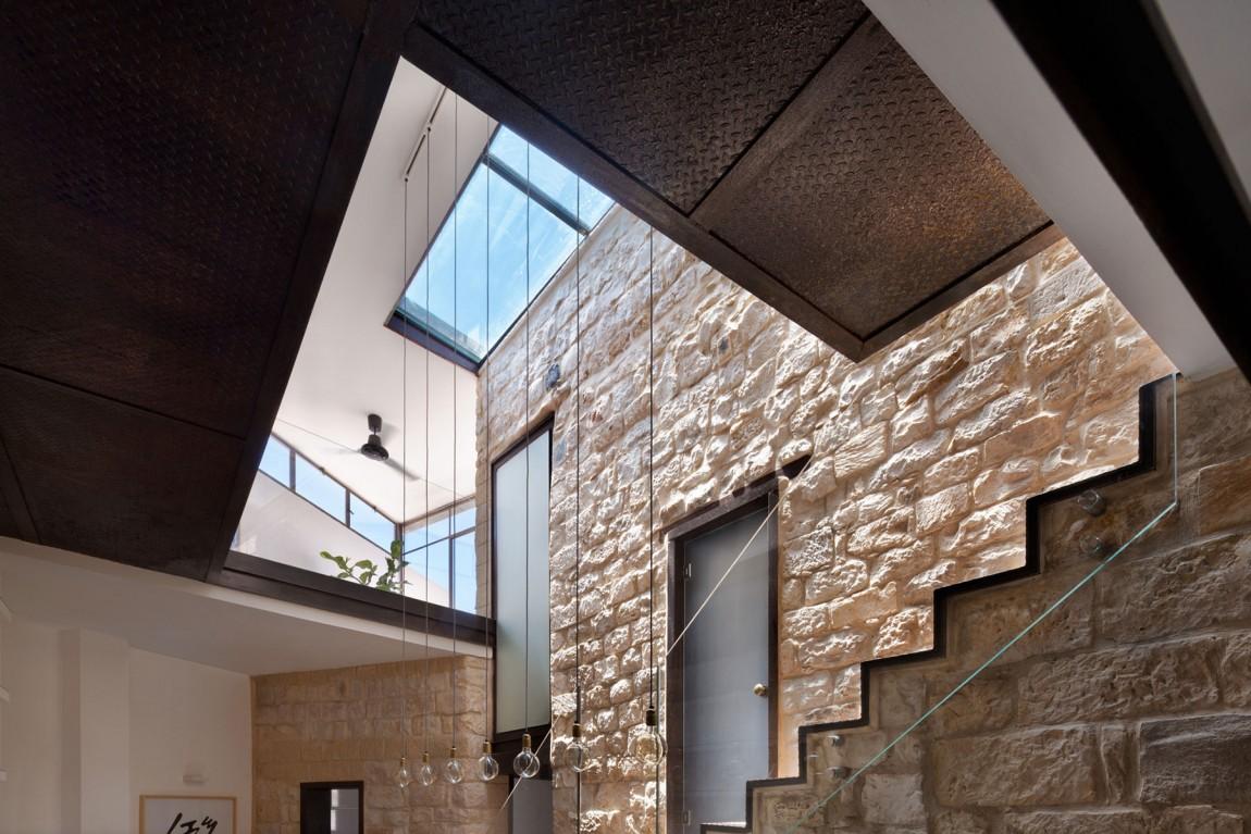 kamena-kuca-by-henkin-shavit-architecture-8