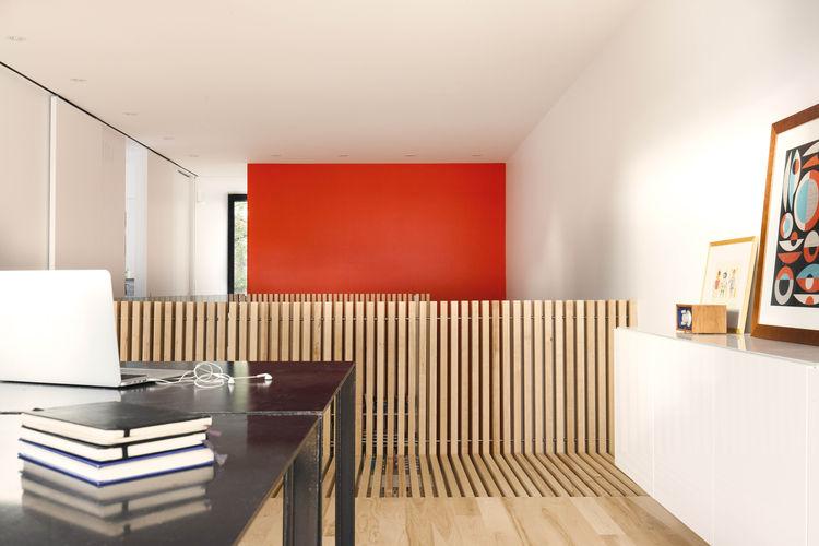 kuca-sa-crvenim-stepenicama-10