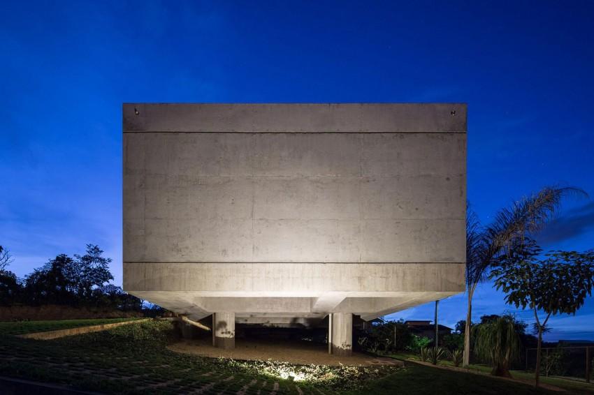 kuca-u-betonskom-okviru-14