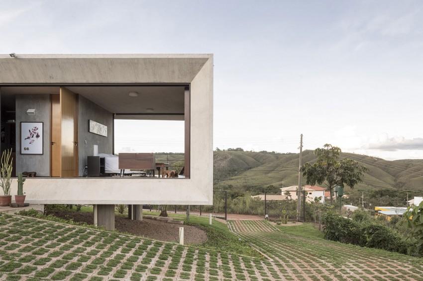 kuca-u-betonskom-okviru-5
