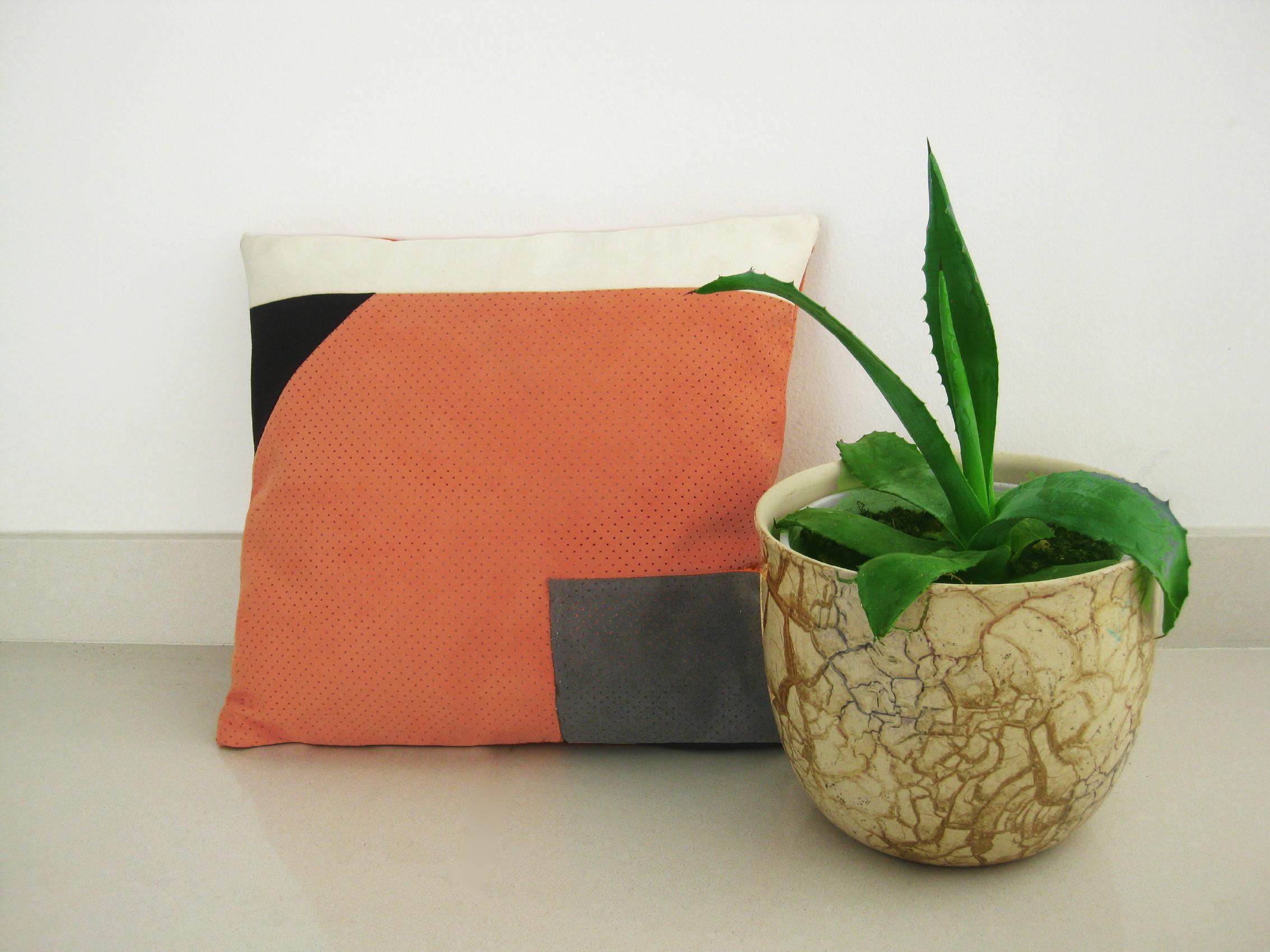 nova-linija-decora-kolekcija-jastuka-modne dizajnerice-marine-prevolsek-13