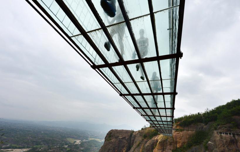 najduži-stakleni-most-2
