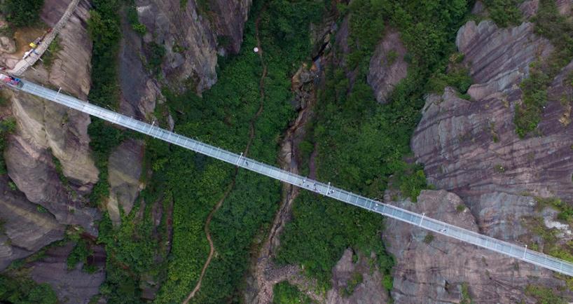 najduži-stakleni-most-5
